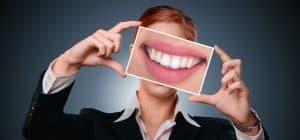 Zahnersatz: verändern Prothesen das Aussehen?